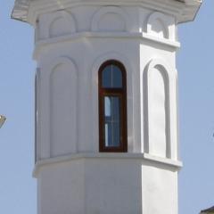 восьмигранный утепленный с окнами и нишами